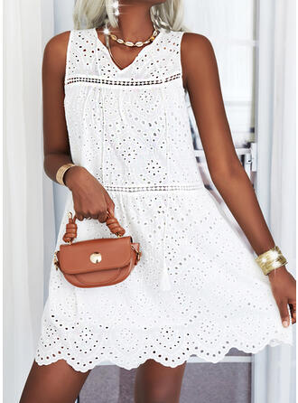 Solid/Hollow-out Sleeveless Shift Above Knee Casual Dresses