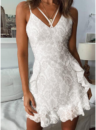 Lace/Floral/Solid Sleeveless A-line Above Knee Casual/Vacation Slip/Skater Dresses